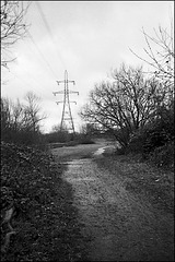 Pylon, Colliers Wood (2).