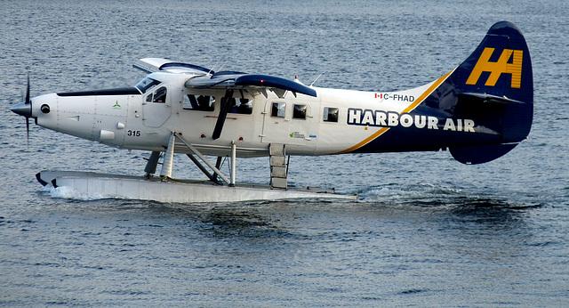 de Havilland Canada DHC-3 Turbo Otter C-FHAD (Harbour Air)