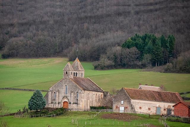 Sally (Saône et Loire) un hameau de Sigy-le-Chatel. Ancien prieuré clunisien et la ferme de son ex domaine agricole