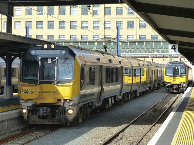 Metlink EMUs at Wellington (5) - 27 February 2015