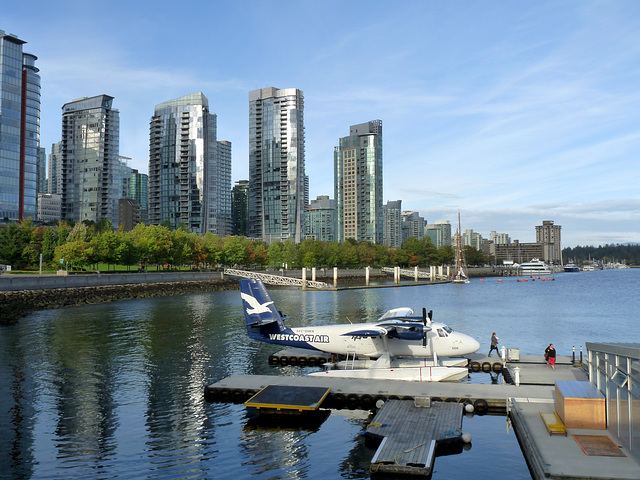 Twin Otter and Vancouver Waterfront