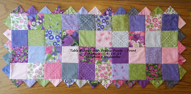 Table Runner with Prairie Points - Front - 4-19-19