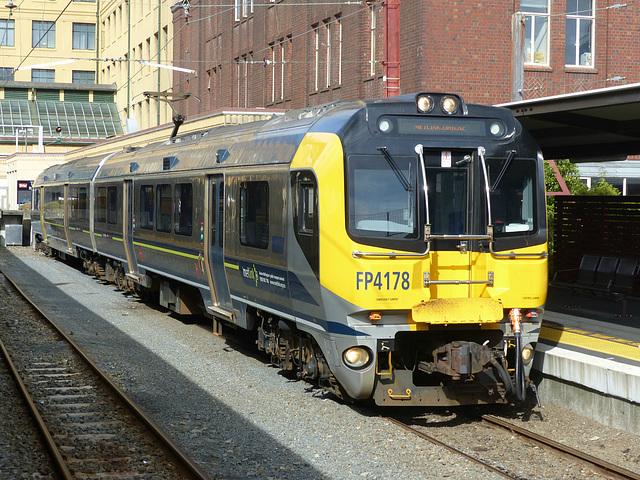 Metlink EMUs at Wellington (9) - 27 February 2015