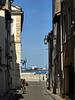 in bici per le strade di Arles