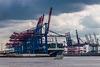 Big and Small - Hamburg Port / Ganz groß und ganz klein im Hamburger Hafen (135°)