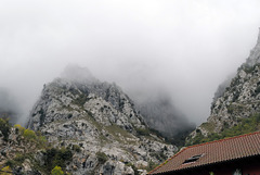 Picos de Europa, Cain, over the roofs