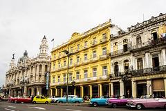 Parque Central y Gran Teatro Alicia Alonso. La Habana.