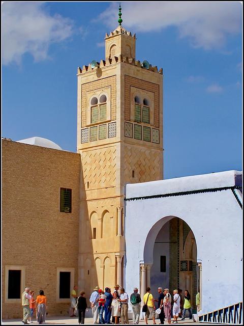 Kairouan : ingresso alla moskea del barbiere