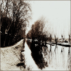 Un canal ? Des deux mers .