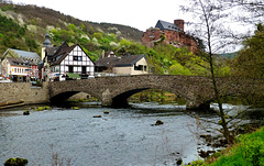 DE - Heimbach - View towards Burg Hengebach