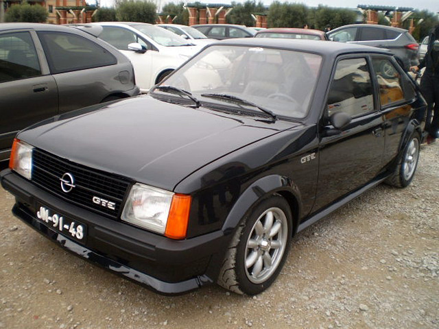 Opel Kadett GTE (1986).