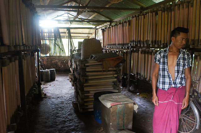 Rubber factory at Bilugyun, Mawlamyine
