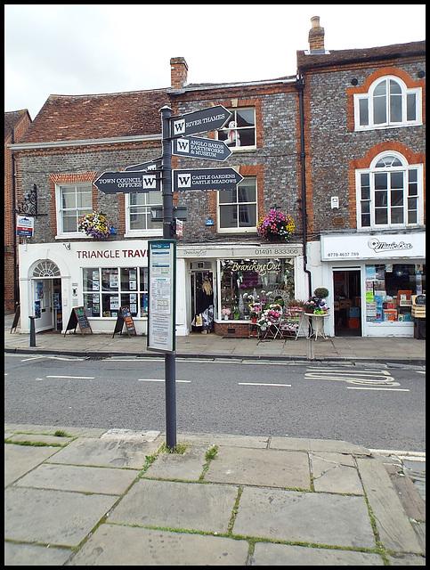 Wallingford signpost