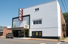 Quincy Leaf Theatre surprise(#0590)