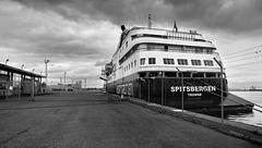 'Spitsbergen' at Leith Docks