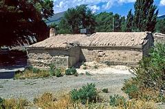 Bardas Blancas - adobe house