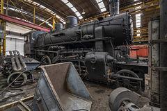 324.450 steam locomotive