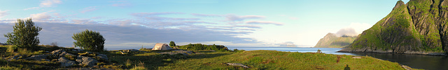 Dawn at Å freedom campground with Mosken and Værøy islands