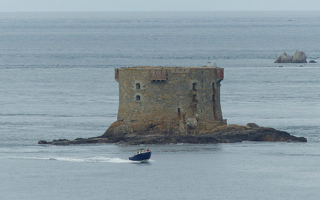 Bréhon Tower - 30 May 2015