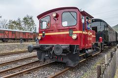 DB 332 306-0 in Bochum-Dahlhausen beim Rangieren