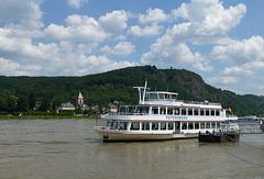 DE - Remagen - Ausflugsschiff auf dem Rhein