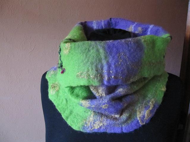 loop scarf Swiss wool