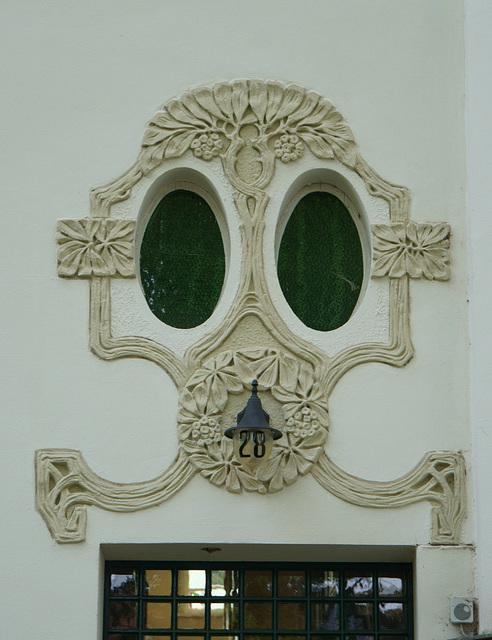 Totenkopf oder Gasmaske