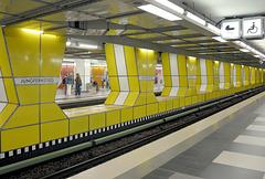 Hamburg: Station Jungfernstieg