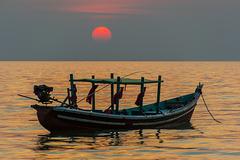 Sonnenuntergang am Ngapali Beach (© Buelipix)