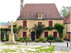 Maison à Saint-Léon-sur-Vézère (24)