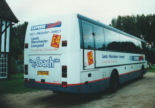 Express Travel L712 PHE at Whittlesford - 4 Oct 2000