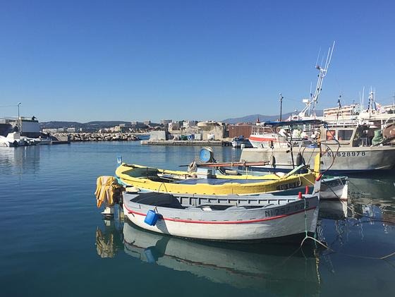 Petit port de pêche.