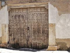 Old door* in Colmenar El Oreja, Madrid Province.