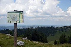 Blick vom Chasseral über den hinteren Jura, richtung Frankreich