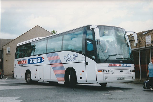 Parks of Hamilton LSK 512 at Skipton - 31 May 2001