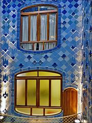 Barcellona : Le vetrate interne di Casa Batlló