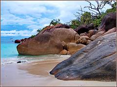 Seichelles : le tipiche rocce dei mari tropicali