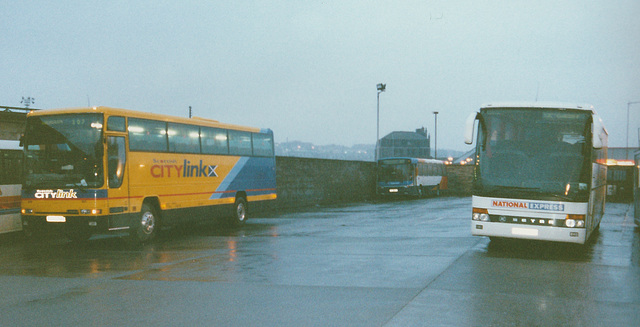 Stagecoach Bluebird VLT 54 (J430 HDS) and Bebb Travel V32 HAX at Aberdeen - 28 Mar 2001