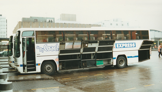 Stagecoach Cumberland N130 VAO at Glasgow - 28 Mar 2001