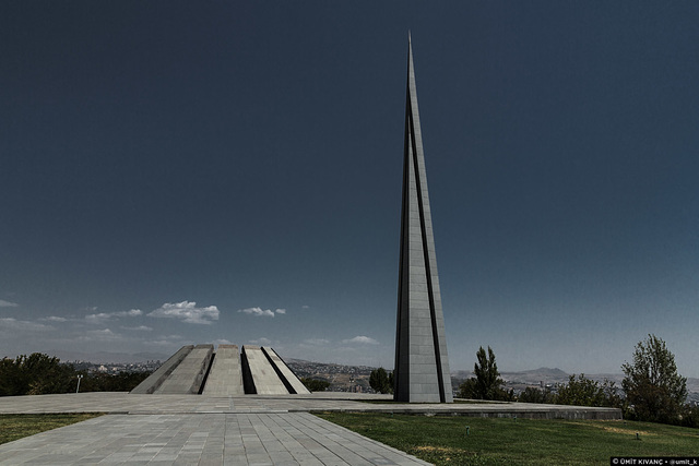 The Monument / Anıt