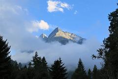 Les Dents de Veisivi, entre deux averses, Valais (Suisse)