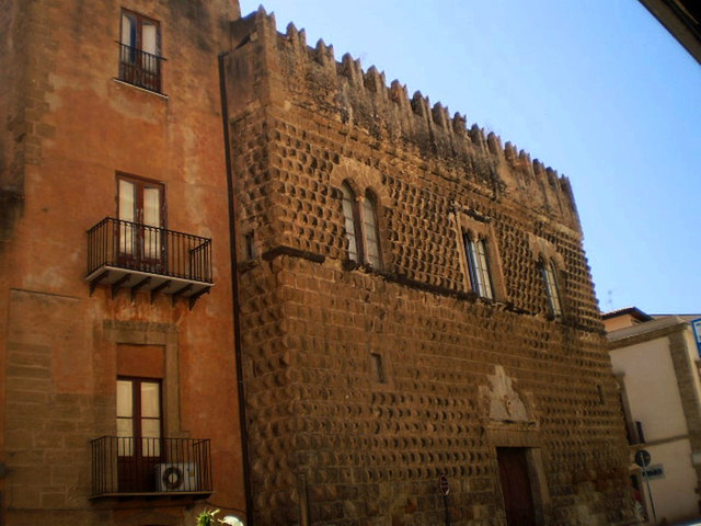 Steripinto Palace (1501).