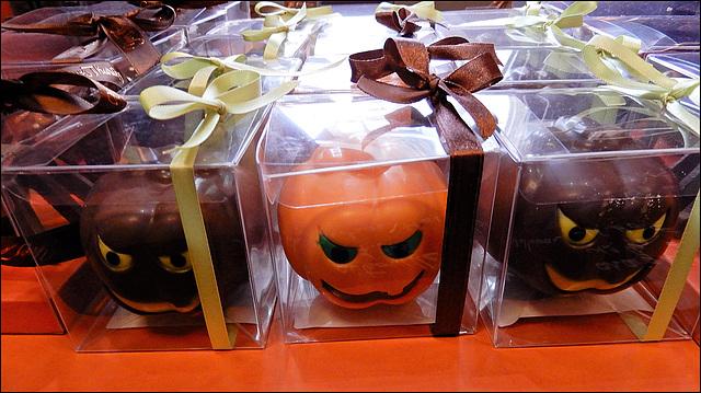 halloween confinement