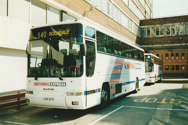 Trathens LSK 876 and LSK 877 at London (Victoria) - 8 Jun 2000