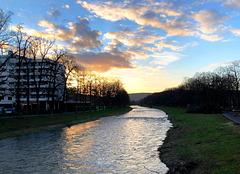 DE - Bad Neuenahr - Die Ahr kurz vor Sonnenuntergang