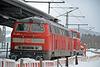 DB Diesellok 218 494-3 im Bahnhof Titisee Neustadt. Fährt auf der Strecke als Verstärkungslokomotive für die Schneefräse mit.