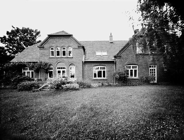 falsterhus-18-06-2017-0003-sw45-crop