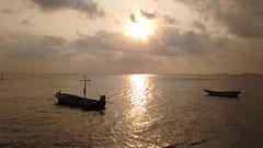 Coucher de barques / Sleepy rowboats