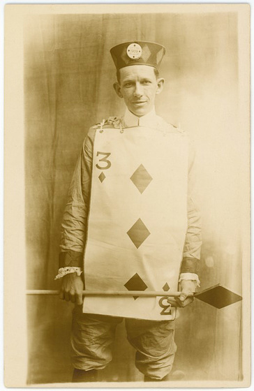 Mr. Three of Diamonds, 1909