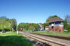 Flechtingen, Bahnübergang und Stellwerk